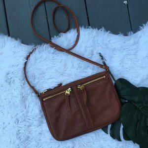 Tan leather fossil crossbody bag